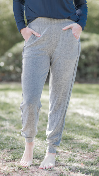 Essential Babe Ribbed Knit Jogger- 2 Colors!
