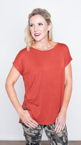 The Perfect Day Tee in Rust