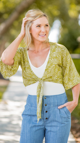 Citrus in the Tropics Tie-Front Top