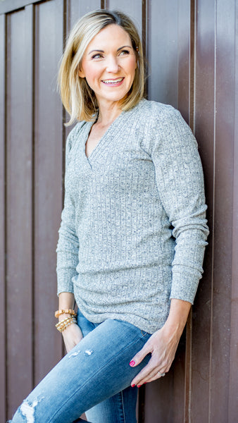 Heathered Cozy V-Neck Pullover Sweater Top- 2 Colors!