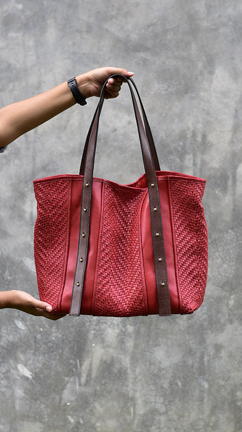 All Woven Cranberry Jamie