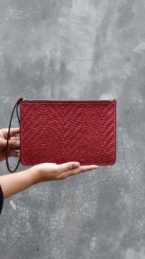 Woven Cranberry Lizzie