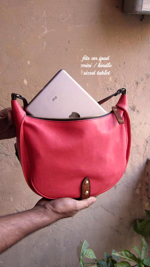 Coral Little Caro, Chiaroscuro, India, Pure Leather, Handbag, Bag, Workshop Made, Leather, Bags, Handmade, Artisanal, Leather Work, Leather Workshop, Fashion, Women's Fashion, Women's Accessories, Accessories, Handcrafted, Made In India, Chiaroscuro Bags - 3