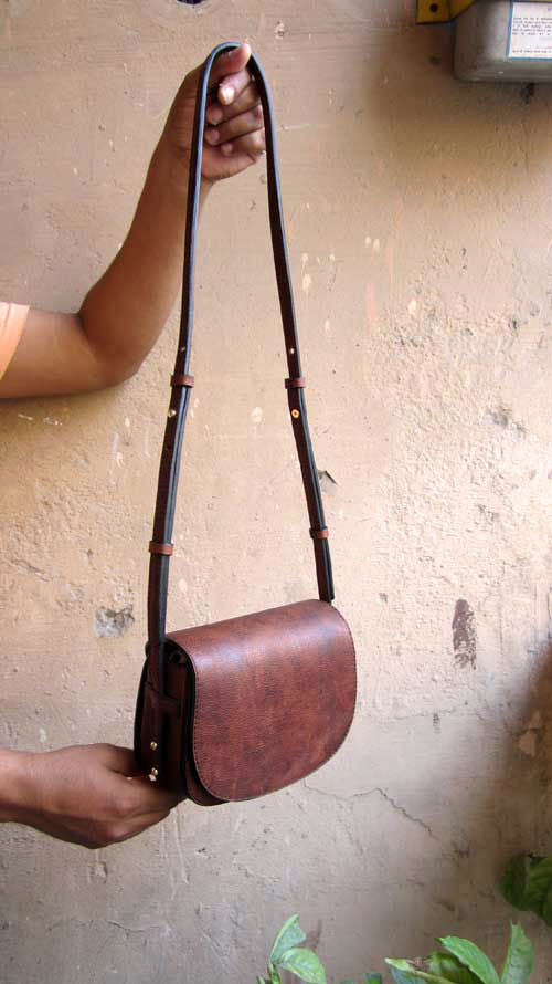 Burnt Sienna Little Stefanie, Chiaroscuro, India, Pure Leather, Handbag, Bag, Workshop Made, Leather, Bags, Handmade, Artisanal, Leather Work, Leather Workshop, Fashion, Women's Fashion, Women's Accessories, Accessories, Handcrafted, Made In India, Chiaroscuro Bags - 1