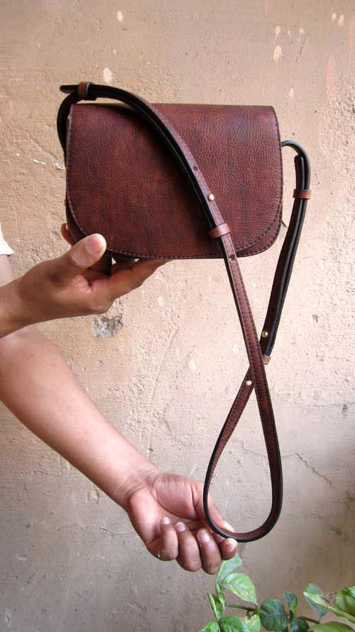 Burnt Sienna Little Stefanie, Chiaroscuro, India, Pure Leather, Handbag, Bag, Workshop Made, Leather, Bags, Handmade, Artisanal, Leather Work, Leather Workshop, Fashion, Women's Fashion, Women's Accessories, Accessories, Handcrafted, Made In India, Chiaroscuro Bags - 2