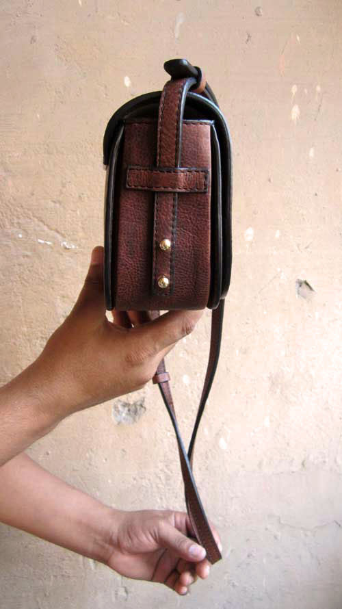 Burnt Sienna Little Stefanie, Chiaroscuro, India, Pure Leather, Handbag, Bag, Workshop Made, Leather, Bags, Handmade, Artisanal, Leather Work, Leather Workshop, Fashion, Women's Fashion, Women's Accessories, Accessories, Handcrafted, Made In India, Chiaroscuro Bags - 7