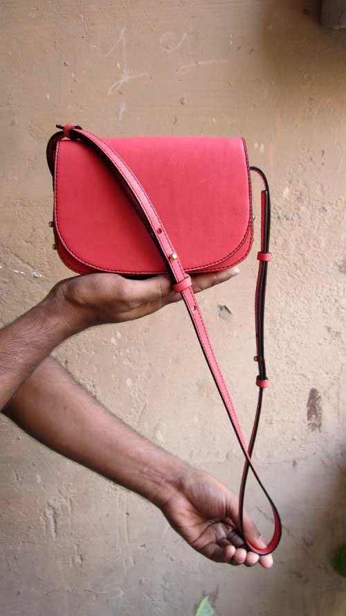 Coral Little Stefanie, Chiaroscuro, India, Pure Leather, Handbag, Bag, Workshop Made, Leather, Bags, Handmade, Artisanal, Leather Work, Leather Workshop, Fashion, Women's Fashion, Women's Accessories, Accessories, Handcrafted, Made In India, Chiaroscuro Bags - 1