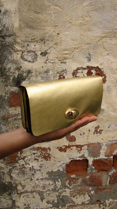 Light Gold Michela, Chiaroscuro, India, Pure Leather, Handbag, Bag, Workshop Made, Leather, Bags, Handmade, Artisanal, Leather Work, Leather Workshop, Fashion, Women's Fashion, Women's Accessories, Accessories, Handcrafted, Made In India, Chiaroscuro Bags - 2