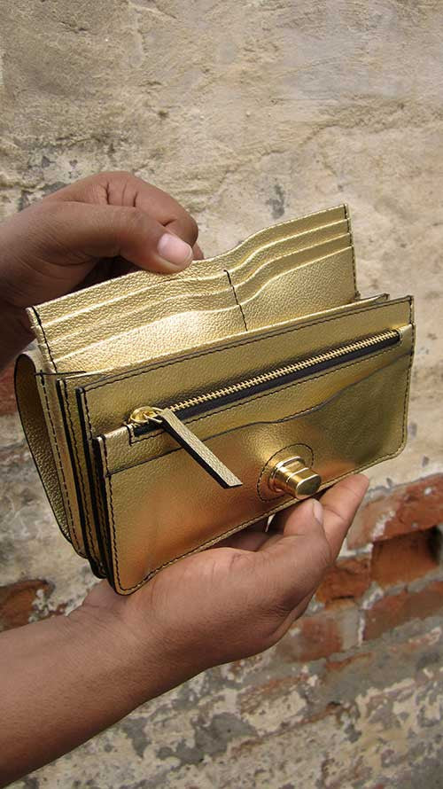 Light Gold Michela, Chiaroscuro, India, Pure Leather, Handbag, Bag, Workshop Made, Leather, Bags, Handmade, Artisanal, Leather Work, Leather Workshop, Fashion, Women's Fashion, Women's Accessories, Accessories, Handcrafted, Made In India, Chiaroscuro Bags - 1