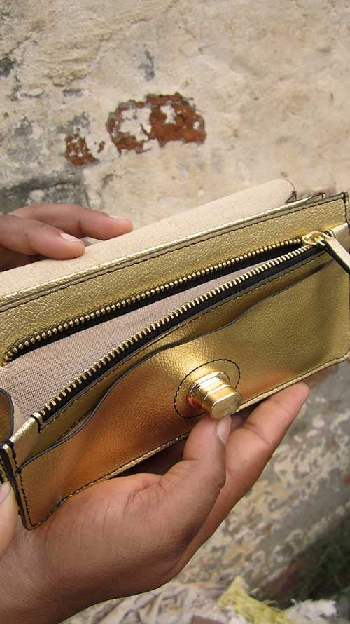 Light Gold Michela, Chiaroscuro, India, Pure Leather, Handbag, Bag, Workshop Made, Leather, Bags, Handmade, Artisanal, Leather Work, Leather Workshop, Fashion, Women's Fashion, Women's Accessories, Accessories, Handcrafted, Made In India, Chiaroscuro Bags - 7
