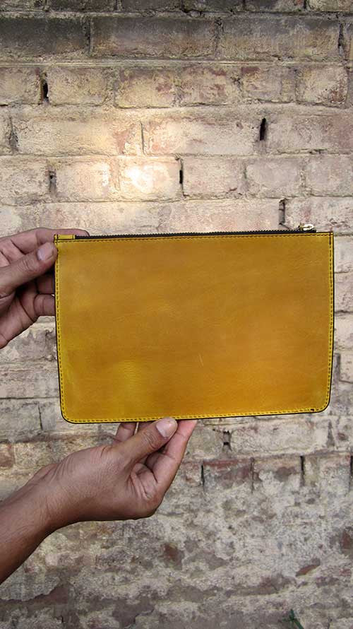 Mustard Lizzie, Chiaroscuro, India, Pure Leather, Handbag, Bag, Workshop Made, Leather, Bags, Handmade, Artisanal, Leather Work, Leather Workshop, Fashion, Women's Fashion, Women's Accessories, Accessories, Handcrafted, Made In India, Chiaroscuro Bags - 7