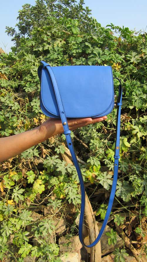 Cobalt Little Stefanie, Chiaroscuro, India, Pure Leather, Handbag, Bag, Workshop Made, Leather, Bags, Handmade, Artisanal, Leather Work, Leather Workshop, Fashion, Women's Fashion, Women's Accessories, Accessories, Handcrafted, Made In India, Chiaroscuro Bags - 2