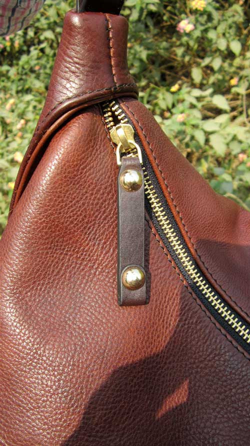 Burnt Sienna Big Caro, Chiaroscuro, India, Pure Leather, Handbag, Bag, Workshop Made, Leather, Bags, Handmade, Artisanal, Leather Work, Leather Workshop, Fashion, Women's Fashion, Women's Accessories, Accessories, Handcrafted, Made In India, Chiaroscuro Bags - 8