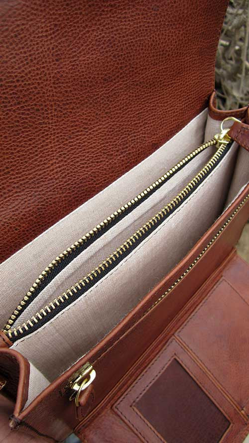 Rajan Wristlet, Chiaroscuro, India, Pure Leather, Handbag, Bag, Workshop Made, Leather, Bags, Handmade, Artisanal, Leather Work, Leather Workshop, Fashion, Women's Fashion, Women's Accessories, Accessories, Handcrafted, Made In India, Chiaroscuro Bags - 8