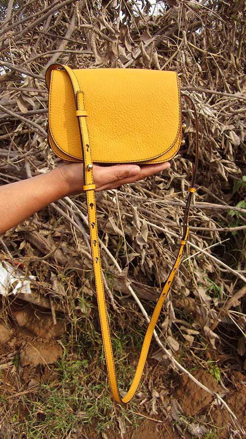 Mango Little Stefanie, Chiaroscuro, India, Pure Leather, Handbag, Bag, Workshop Made, Leather, Bags, Handmade, Artisanal, Leather Work, Leather Workshop, Fashion, Women's Fashion, Women's Accessories, Accessories, Handcrafted, Made In India, Chiaroscuro Bags - 1