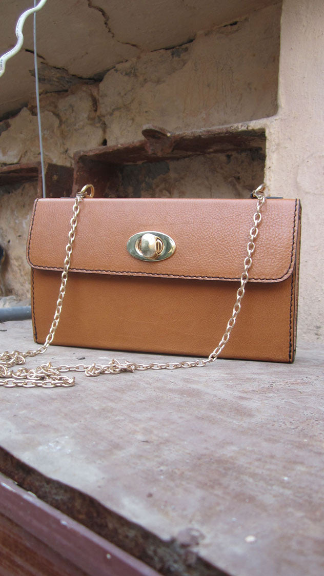 Pumpkin Ellie, Chiaroscuro, India, Pure Leather, Handbag, Bag, Workshop Made, Leather, Bags, Handmade, Artisanal, Leather Work, Leather Workshop, Fashion, Women's Fashion, Women's Accessories, Accessories, Handcrafted, Made In India, Chiaroscuro Bags - 1