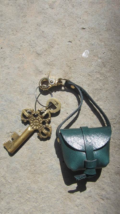 Pine Mini Stella, Chiaroscuro, India, Pure Leather, Handbag, Bag, Workshop Made, Leather, Bags, Handmade, Artisanal, Leather Work, Leather Workshop, Fashion, Women's Fashion, Women's Accessories, Accessories, Handcrafted, Made In India, Chiaroscuro Bags - 2