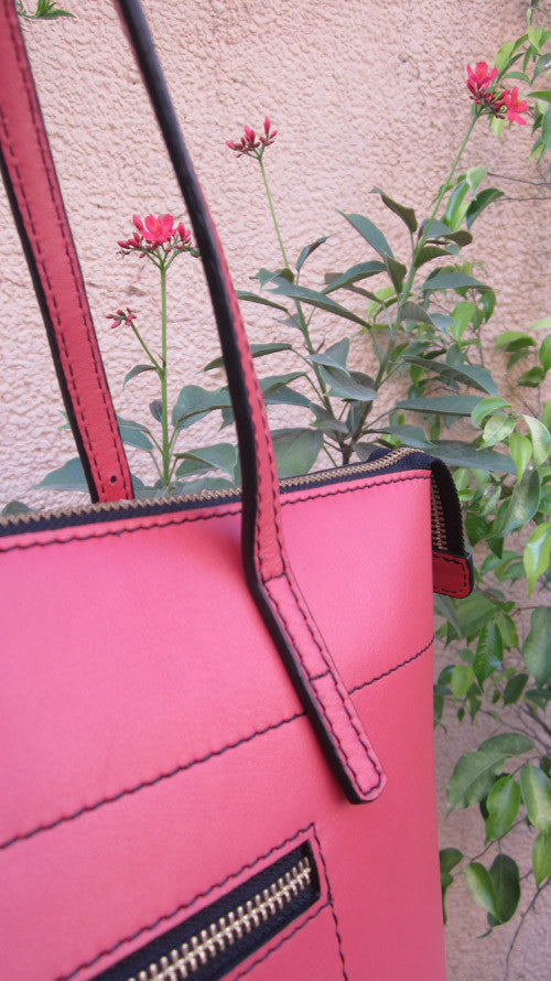 Coral Anabelle, Chiaroscuro, India, Pure Leather, Handbag, Bag, Workshop Made, Leather, Bags, Handmade, Artisanal, Leather Work, Leather Workshop, Fashion, Women's Fashion, Women's Accessories, Accessories, Handcrafted, Made In India, Chiaroscuro Bags - 6