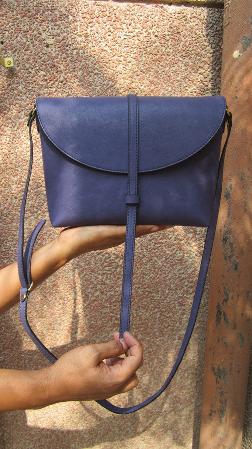 Blueberry Big Stella, Chiaroscuro, India, Pure Leather, Handbag, Bag, Workshop Made, Leather, Bags, Handmade, Artisanal, Leather Work, Leather Workshop, Fashion, Women's Fashion, Women's Accessories, Accessories, Handcrafted, Made In India, Chiaroscuro Bags - 5
