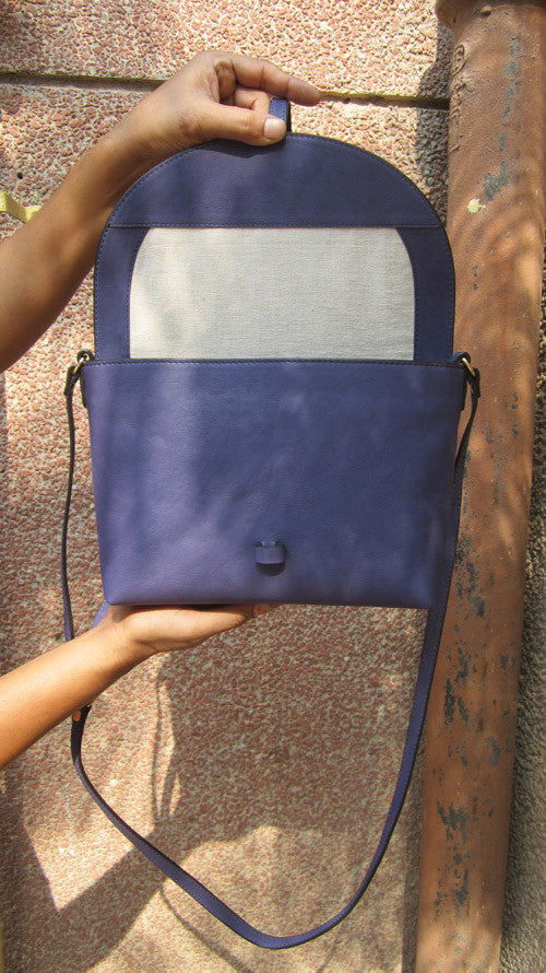Blueberry Big Stella, Chiaroscuro, India, Pure Leather, Handbag, Bag, Workshop Made, Leather, Bags, Handmade, Artisanal, Leather Work, Leather Workshop, Fashion, Women's Fashion, Women's Accessories, Accessories, Handcrafted, Made In India, Chiaroscuro Bags - 6