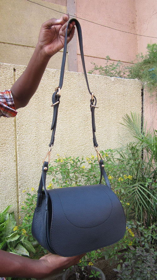 Navy Gigi, Chiaroscuro, India, Pure Leather, Handbag, Bag, Workshop Made, Leather, Bags, Handmade, Artisanal, Leather Work, Leather Workshop, Fashion, Women's Fashion, Women's Accessories, Accessories, Handcrafted, Made In India, Chiaroscuro Bags - 9