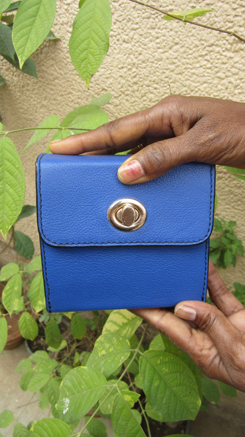 Cobalt Little Ellie, Chiaroscuro, India, Pure Leather, Handbag, Bag, Workshop Made, Leather, Bags, Handmade, Artisanal, Leather Work, Leather Workshop, Fashion, Women's Fashion, Women's Accessories, Accessories, Handcrafted, Made In India, Chiaroscuro Bags - 2