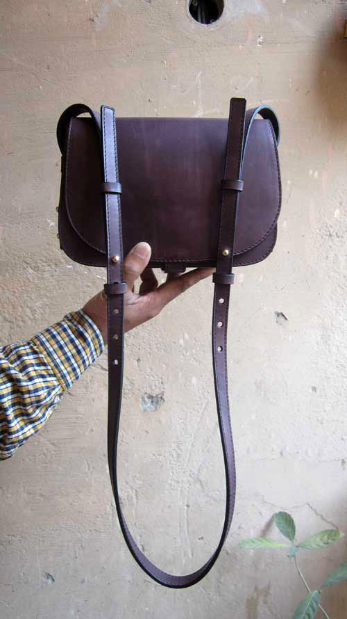 Plum Big Stefanie, Chiaroscuro, India, Pure Leather, Handbag, Bag, Workshop Made, Leather, Bags, Handmade, Artisanal, Leather Work, Leather Workshop, Fashion, Women's Fashion, Women's Accessories, Accessories, Handcrafted, Made In India, Chiaroscuro Bags - 1