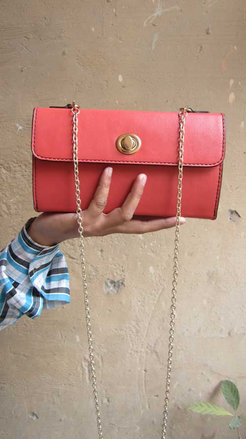 Coral Ellie, Chiaroscuro, India, Pure Leather, Handbag, Bag, Workshop Made, Leather, Bags, Handmade, Artisanal, Leather Work, Leather Workshop, Fashion, Women's Fashion, Women's Accessories, Accessories, Handcrafted, Made In India, Chiaroscuro Bags - 1