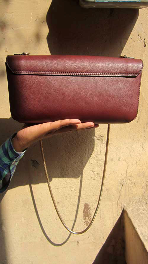 Raisin Gabriella, Chiaroscuro, India, Pure Leather, Handbag, Bag, Workshop Made, Leather, Bags, Handmade, Artisanal, Leather Work, Leather Workshop, Fashion, Women's Fashion, Women's Accessories, Accessories, Handcrafted, Made In India, Chiaroscuro Bags - 4