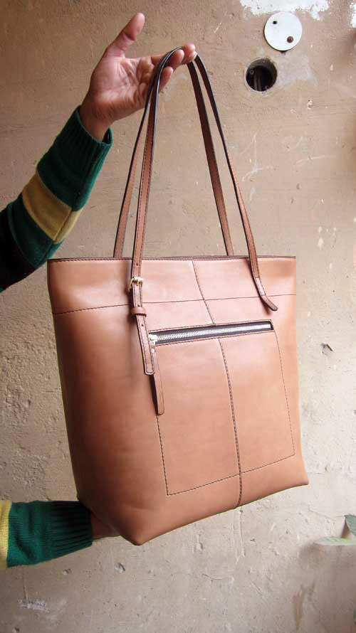 Pumpkin Emma, Chiaroscuro, India, Pure Leather, Handbag, Bag, Workshop Made, Leather, Bags, Handmade, Artisanal, Leather Work, Leather Workshop, Fashion, Women's Fashion, Women's Accessories, Accessories, Handcrafted, Made In India, Chiaroscuro Bags - 2