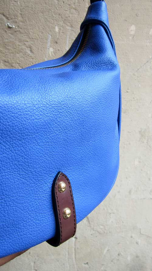 Cobalt Caro, Chiaroscuro, India, Pure Leather, Handbag, Bag, Workshop Made, Leather, Bags, Handmade, Artisanal, Leather Work, Leather Workshop, Fashion, Women's Fashion, Women's Accessories, Accessories, Handcrafted, Made In India, Chiaroscuro Bags - 3