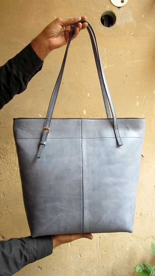 Sky Emma, Chiaroscuro, India, Pure Leather, Handbag, Bag, Workshop Made, Leather, Bags, Handmade, Artisanal, Leather Work, Leather Workshop, Fashion, Women's Fashion, Women's Accessories, Accessories, Handcrafted, Made In India, Chiaroscuro Bags - 13
