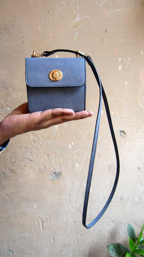 Sky Little Ellie, Chiaroscuro, India, Pure Leather, Handbag, Bag, Workshop Made, Leather, Bags, Handmade, Artisanal, Leather Work, Leather Workshop, Fashion, Women's Fashion, Women's Accessories, Accessories, Handcrafted, Made In India, Chiaroscuro Bags - 2