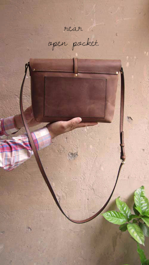 Honey Almond Big Stella, Chiaroscuro, India, Pure Leather, Handbag, Bag, Workshop Made, Leather, Bags, Handmade, Artisanal, Leather Work, Leather Workshop, Fashion, Women's Fashion, Women's Accessories, Accessories, Handcrafted, Made In India, Chiaroscuro Bags - 3