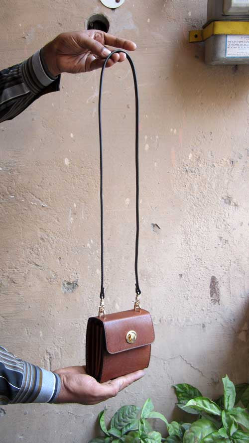 Honey Almond Little Ellie, Chiaroscuro, India, Pure Leather, Handbag, Bag, Workshop Made, Leather, Bags, Handmade, Artisanal, Leather Work, Leather Workshop, Fashion, Women's Fashion, Women's Accessories, Accessories, Handcrafted, Made In India, Chiaroscuro Bags - 1