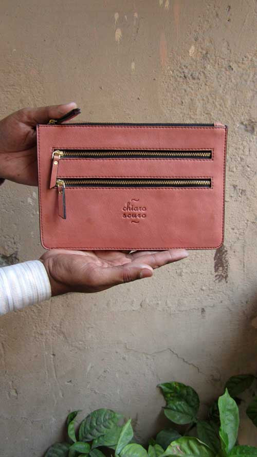Dusty Rose Lizzie, Chiaroscuro, India, Pure Leather, Handbag, Bag, Workshop Made, Leather, Bags, Handmade, Artisanal, Leather Work, Leather Workshop, Fashion, Women's Fashion, Women's Accessories, Accessories, Handcrafted, Made In India, Chiaroscuro Bags - 4