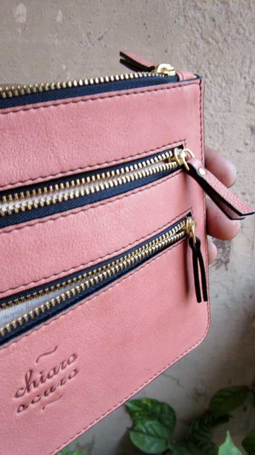 Dusty Rose Lizzie, Chiaroscuro, India, Pure Leather, Handbag, Bag, Workshop Made, Leather, Bags, Handmade, Artisanal, Leather Work, Leather Workshop, Fashion, Women's Fashion, Women's Accessories, Accessories, Handcrafted, Made In India, Chiaroscuro Bags - 3