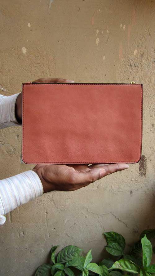 Dusty Rose Lizzie, Chiaroscuro, India, Pure Leather, Handbag, Bag, Workshop Made, Leather, Bags, Handmade, Artisanal, Leather Work, Leather Workshop, Fashion, Women's Fashion, Women's Accessories, Accessories, Handcrafted, Made In India, Chiaroscuro Bags - 8