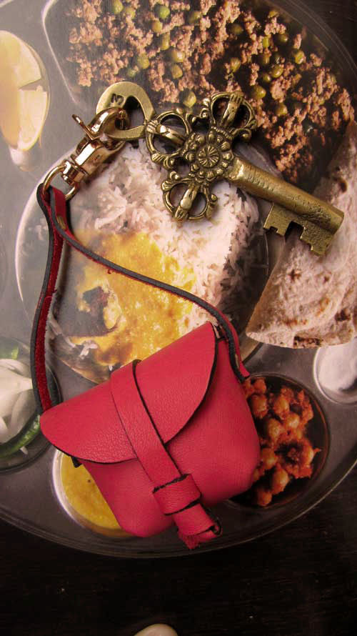 Coral Mini Stella, Chiaroscuro, India, Pure Leather, Handbag, Bag, Workshop Made, Leather, Bags, Handmade, Artisanal, Leather Work, Leather Workshop, Fashion, Women's Fashion, Women's Accessories, Accessories, Handcrafted, Made In India, Chiaroscuro Bags - 3