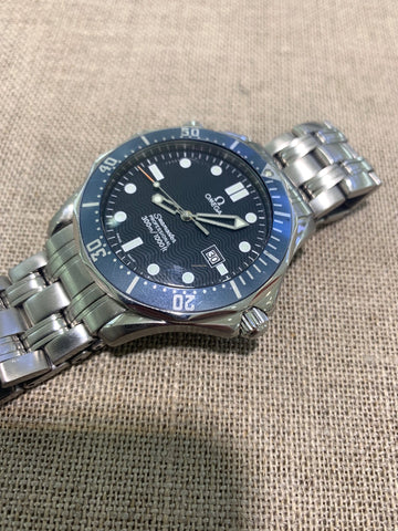Omega Seamaster Diver 300M 41mm Quartz Pre-Owned Watch