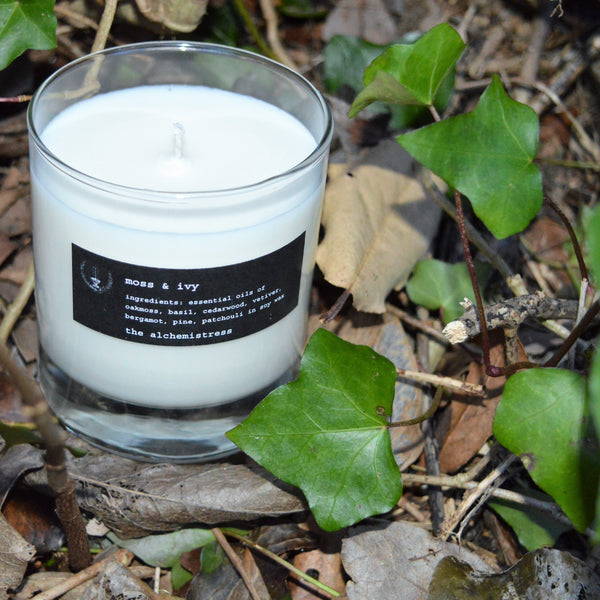 moss & ivy glass candle
