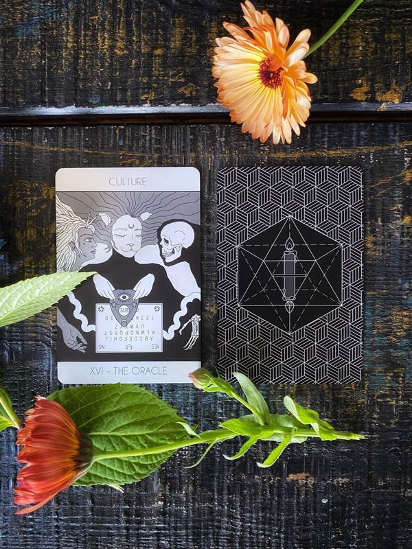 The Fox Universe Tarot: A Self Care Oracle - Keven Craft Rituals