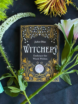 Witchery: Embrace the Witch Within - Keven Craft Rituals