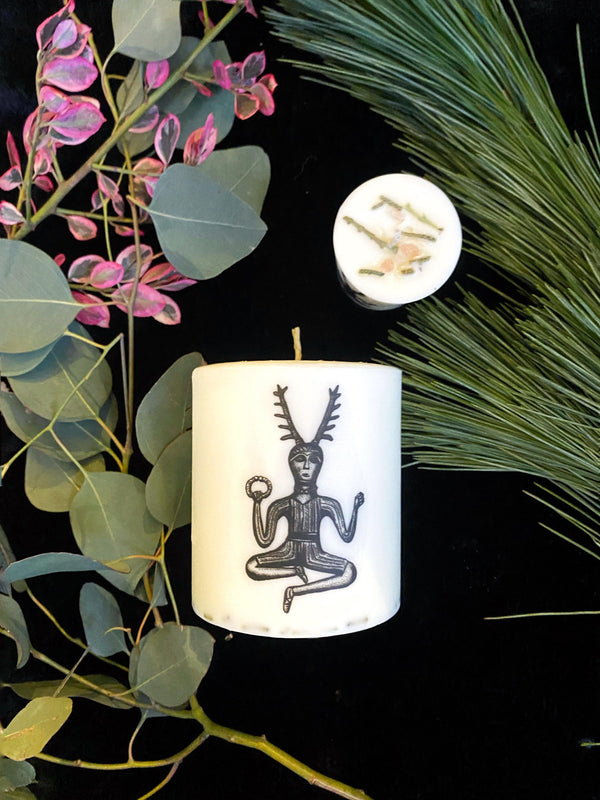 Yule Ritual Candle- Vegan Soy Scented with Essential Oils - Keven Craft Rituals