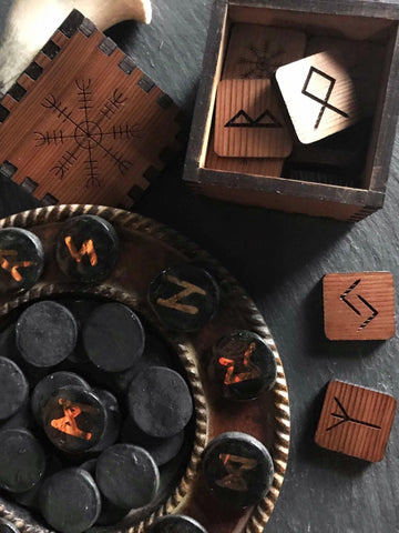 Aegishjalmer Elder Futhark Box and Runes