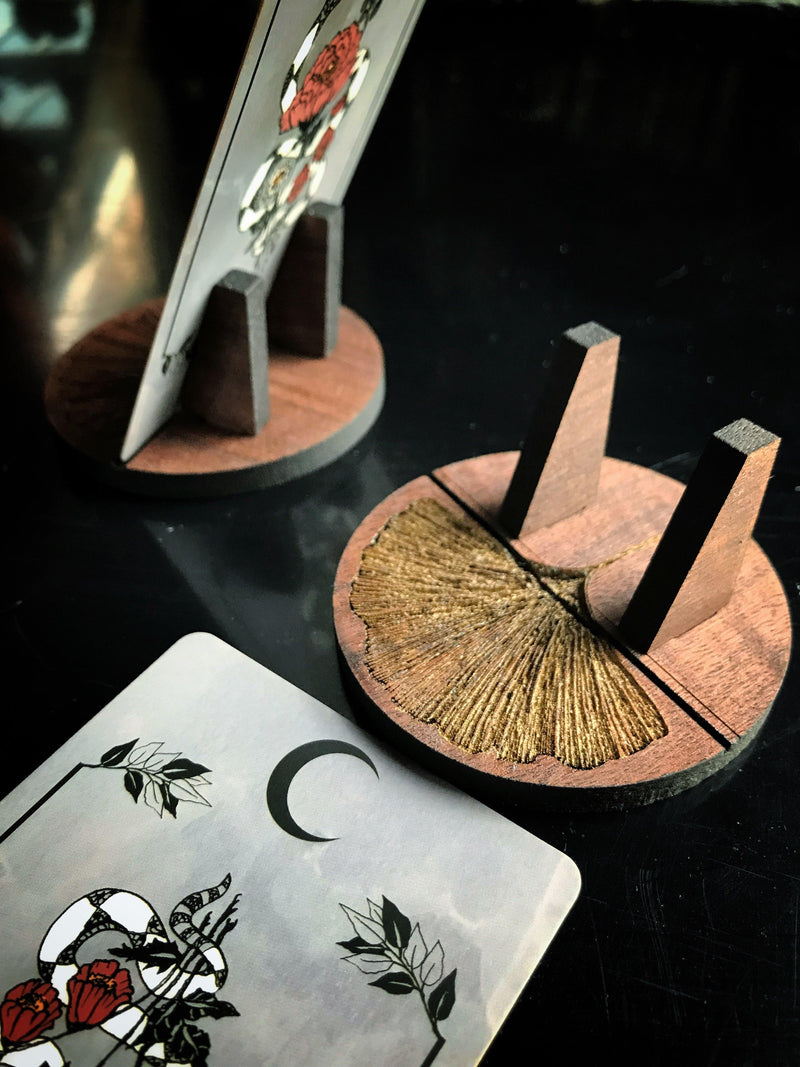 Divination Stand - For Tarot and Oracle Cards - Keven Craft Rituals