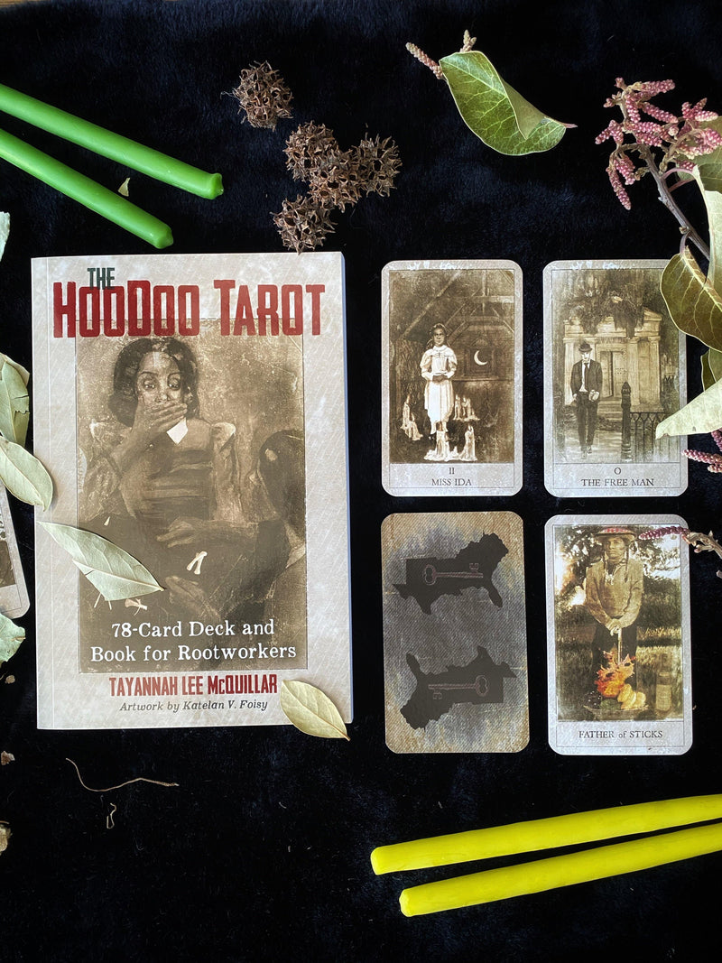 The Hoodoo Tarot: 78-Card Deck and Book for Rootworkers - Keven Craft Rituals