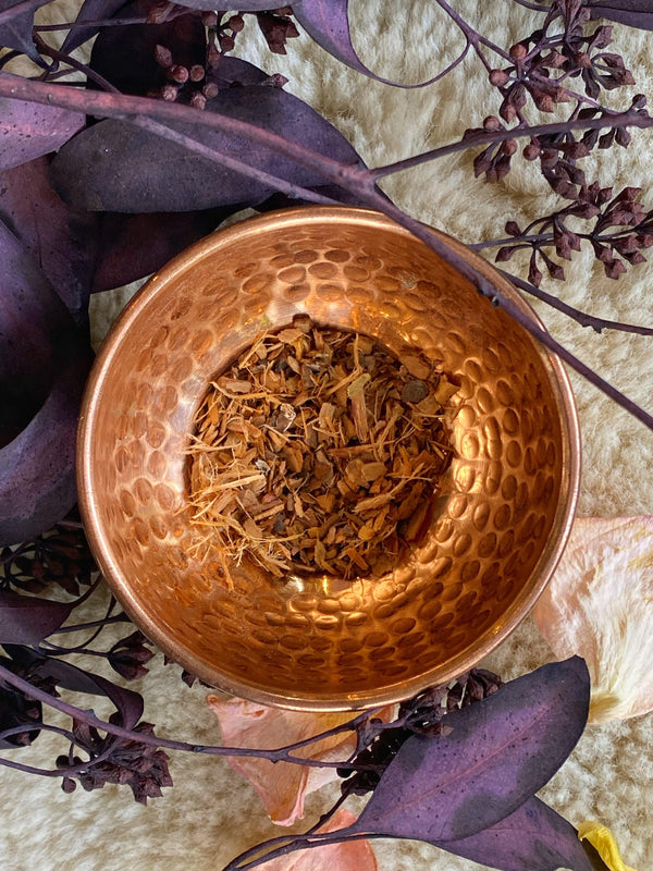 Black Thorn Bark (Prunus spinosa) - Witching Herbs - Keven Craft Rituals