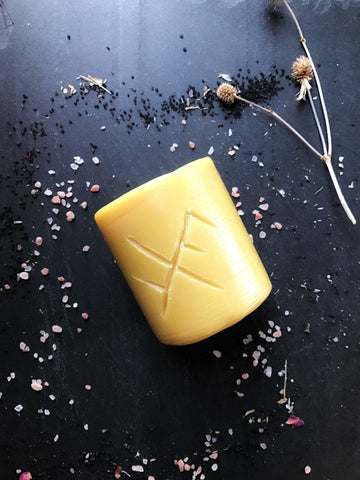 Metaphyscial - Beeswax Ritual Candle - Luck + Prosperity