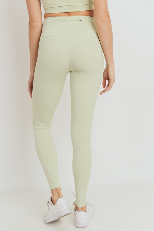 Essential Lycra-Blend Highwaist Leggings